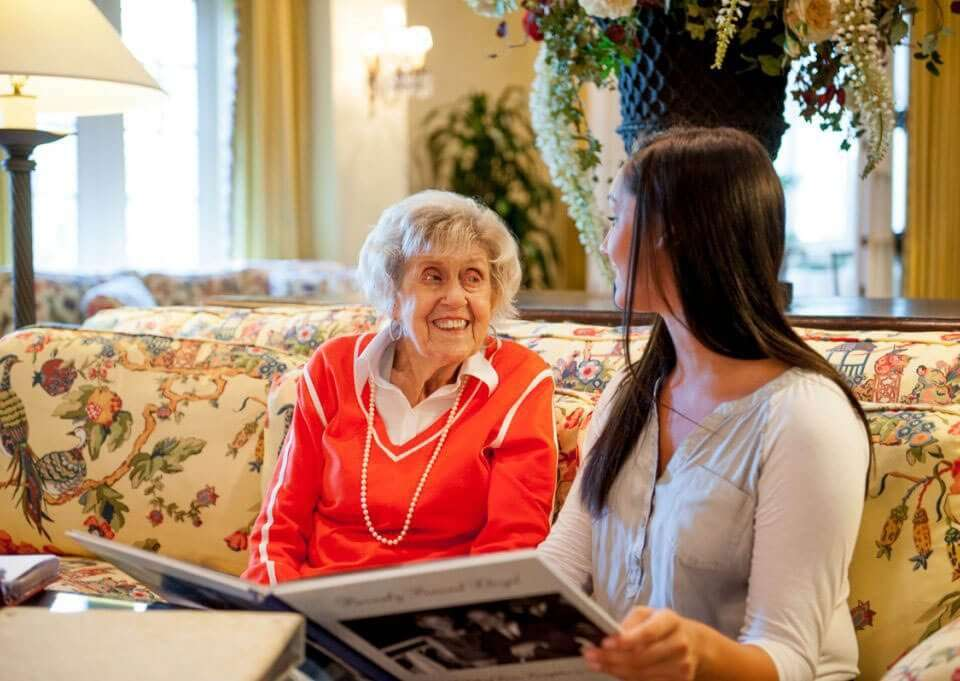 Signs an Aging Loved One May Need Help